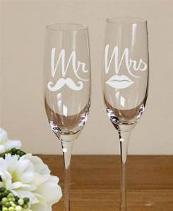 Flûtes à Champagne Originales : 25 best ideas about wedding toasting glasses on pinterest ~ Teatrodelosmanantiales.com Idées de Décoration