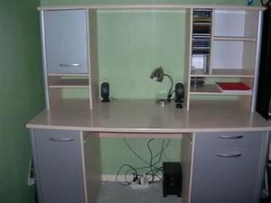 Bureau Avec étagère : grand bureau avec tag re sup rieure troc de gones ~ Preciouscoupons.com Idées de Décoration