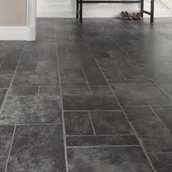 kitchen renos ideas slate howdens professional range effect tiles flooring