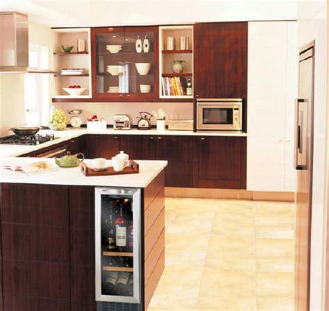 cave a vin de cuisine des caves à vin pour petites cuisines inspiration cuisine
