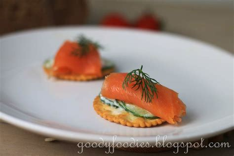 goodyfoodies recipe smoked salmon and yogurt cucumber