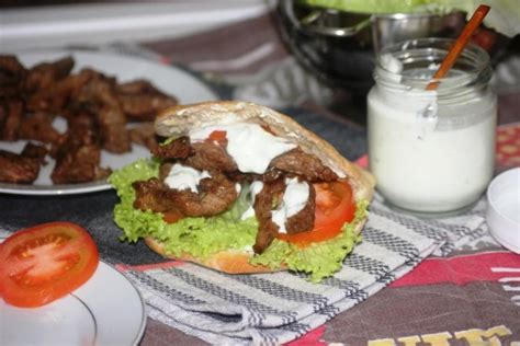 maison du kebab liancourt mon kebab shawarma de boeuf maison sa sauce blanche