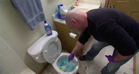 comment d 233 boucher des toilettes bouch 233 es bricoleur malin
