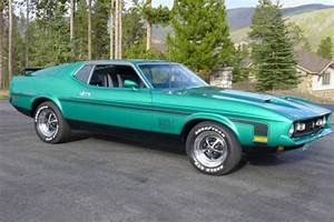 Seller of Classic Cars - 1971 Ford Mustang (Grabber Green Metallic/Black)