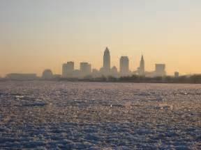file lakeerie cleveland frozen jpg wikimedia commons