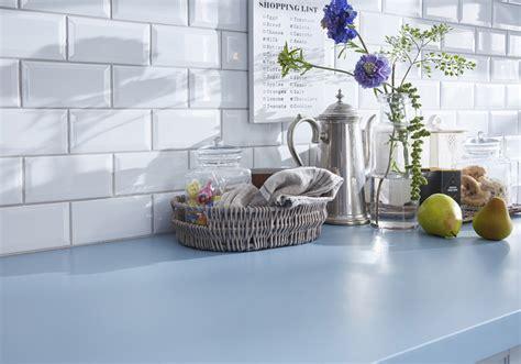 un plan de travail color 233 pour une cuisine originale des plans de travail pour tous les styles