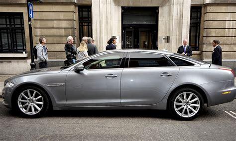 Jaguar Maker by Luxury Car Maker Jaguar Land Rover Signs Mega Deal To