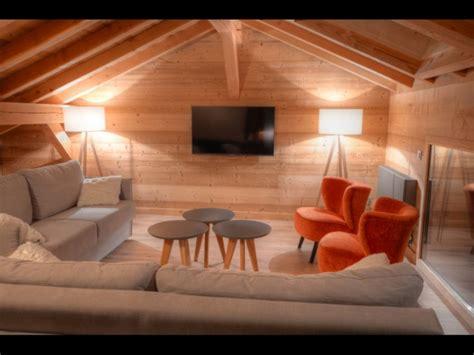 canapé chalet mezzanine avec canape maison design wiblia com