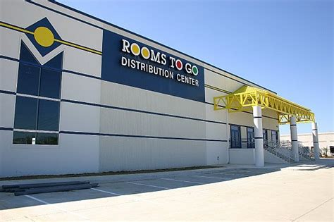 rooms   distribution center