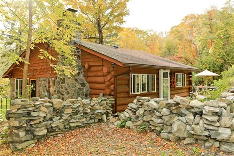 tiny home tour and log cabin in n y hgtv