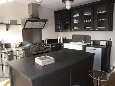 cuisine ardoise et bois 10 meubles de cuisine tendance poalgi