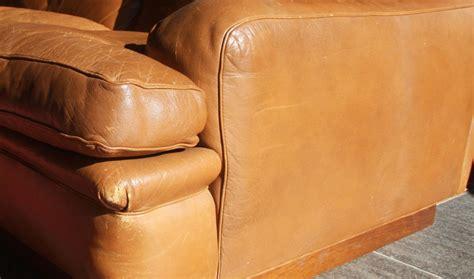 entretien du cuir canapé canape 3 places en cuir de la maison du danemark