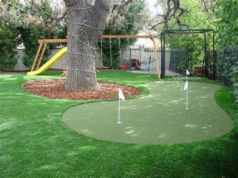 Backyard Artificial Putting Green by 25 Best Ideas About Backyard Putting Green On