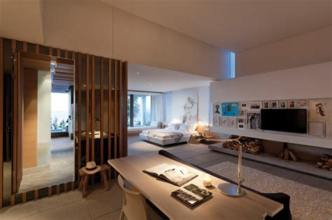spectacular master bedroom suites ideas spectacular atlantic seaboard showpiece by saota