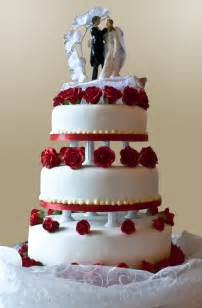wedding cake with roses file wedding cake with roses jpg