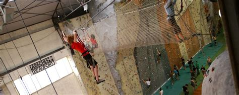 mur de lyon la salle d escalade de lyon rh 244 ne alpes