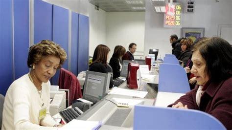 agrigento impiegato postale ruba dai conti correnti
