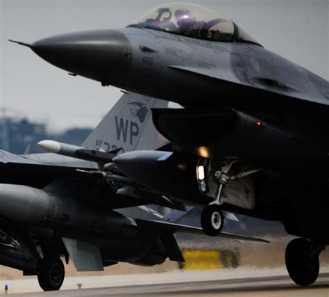 F-16 Fighting Falcon Wallpaper Photos Pictures Usaf Air