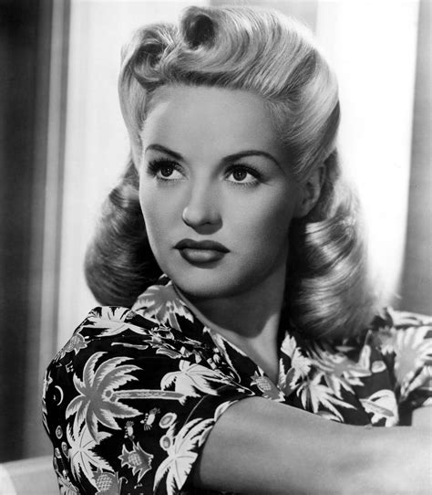 1940s Hairstyles Victory Rolls by Quot Victory Rolls Quot Hairstyle 1940s Vintage Cool Cabelo