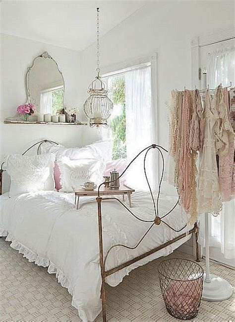 Chambre Shabby Chic Contemporain by House Home Garden Shabby Chic Bedroom