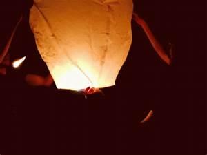 Sky Lantern Float GIF - SkyLantern Float Fly - Discover ...