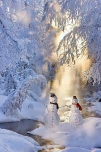 Snowman Couple Scenes