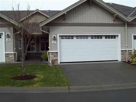 2 Bedroom 2 Bath Townhouse In Parksville