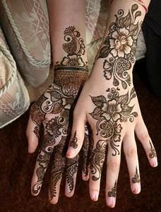 24 Beautiful Mehendi Designs For Your Hands – Body Art Guru