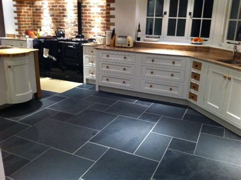 slate floor tiles kitchen black riven slate somerset chameleon 5313