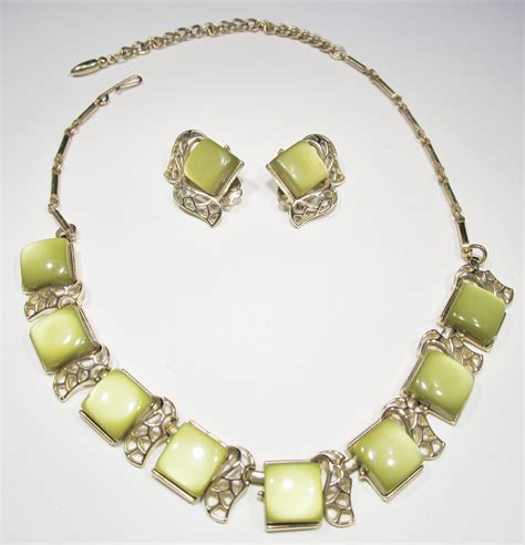 vintage thermoset choker necklace earrings wc