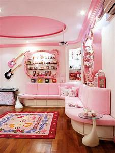 Home of the biggest Hello Kitty fan ever! Home & Decor