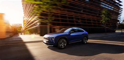 nio ec electric suv coupe debuts  km range