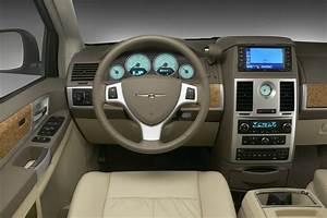 2008 Chrysler Town Country Fuse Box Inside : dodge grand caravan and chrysler town country ~ A.2002-acura-tl-radio.info Haus und Dekorationen