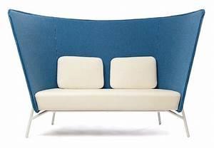 Sofa Hoher Rücken : aura sofa mit hoher rueckenlehne wohnen ~ Frokenaadalensverden.com Haus und Dekorationen