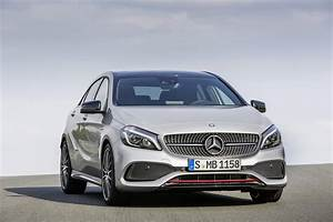 Mercedes Classe B 2016 : 2016 mercedes a class gets updates a45 amg gains more power autotribute ~ Gottalentnigeria.com Avis de Voitures