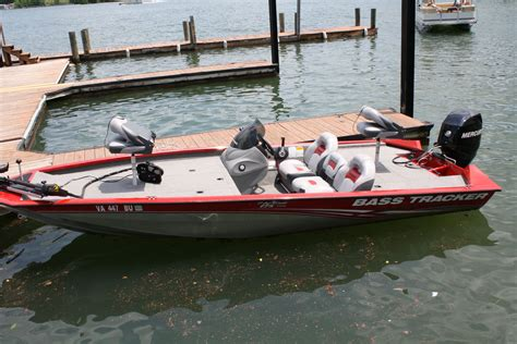 Bass Boat Tracker by New Bass Tracker Fishing Boat With 60 Hp Motor Wish A