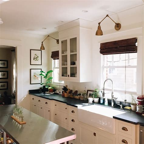 Shaker cabinets, especially white shaker cabinets, are by far our most popular cabinets we sell and rightfully so! Our craftsman kitchen with white shaker cabinets, black ...