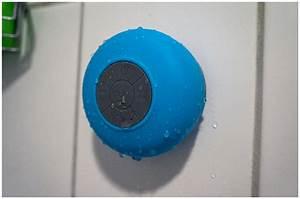 Bluetooth Lautsprecher Badezimmer : aquafonik bluetooth shower wasserfester lautsprecher trendlupe ein trendiger blick auf ~ Markanthonyermac.com Haus und Dekorationen