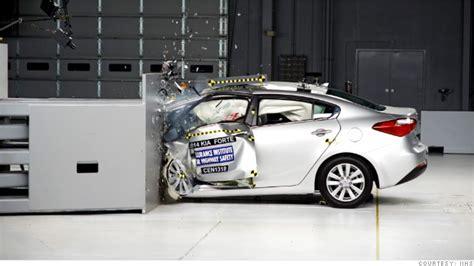 crash test si鑒e auto car crash sports car crash test
