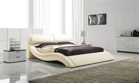 canapé angle simili cuir lit design en 180 x 200 matera