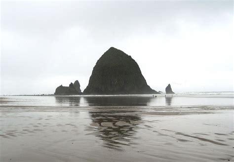 Cannon Beach, Oregon.jpg