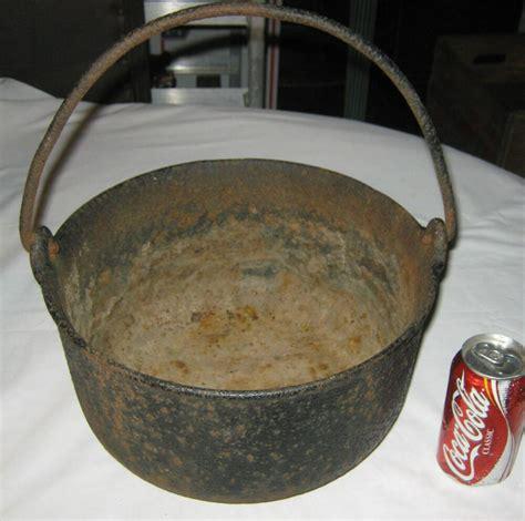 antique primitive stove fire hearth cast iron cooking kettle pot pan art planter ebay