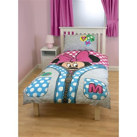 chambre minnie mouse 17 best images about chambre enfant mickey minnie mouse