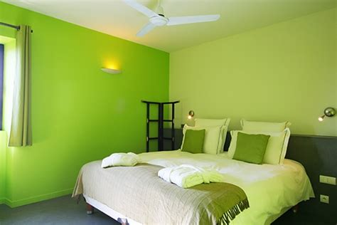 chambre mur vert déco chambre verte