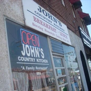 johns country kitchen s country kitchen breakfast brunch 2052