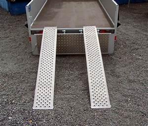 Fabriquer Une Remorque : fabriquer une rampe de chargement pour remorque bande transporteuse caoutchouc ~ Maxctalentgroup.com Avis de Voitures