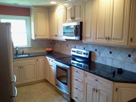 backsplash kitchen images kitchen remodel in lake norman henderson building 1429