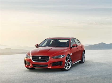 Jaguar Xe Backgrounds by Jaguar Xe Unveiled In Business Insider
