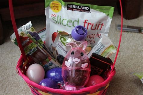 Healthy gift basket ideas eskayalitim healthy easter basket ideas without candy no junk either negle Image collections