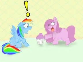 Rainbow Dash and Pinkie Pie Cupcakes